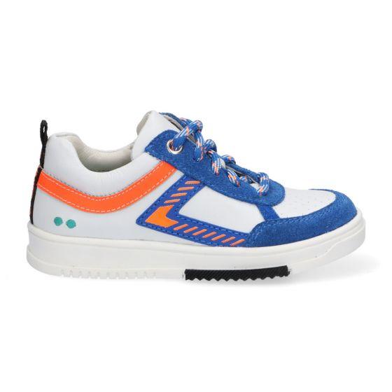 Witte kindersneakers met oranje en kobaltblauwe accenten